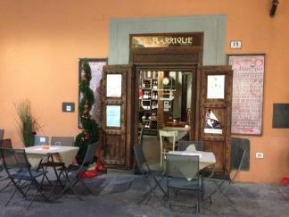 Laid back, still chic aperitivo bar: Le Barrique